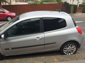 QUICK SALE Renault Clio (NEW SHAPE) with very low mileage, Great first time car QUICK SALE