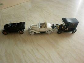 Model vintage vehicles