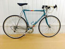 PINNARELLO STEVLO Classic Raod Bike STI Gearing System Campagnolo Athena Groupset 18 speed 57 cm