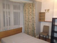 Amazing double bedroom to rent available in Gants Hill