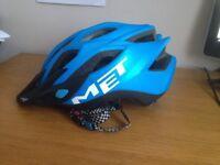 Met blue bicycle Helmet 52-59 cm twist fit with red LED
