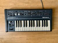 Roland SH-09 Classic Monophonic Synthesizer + Manual. Excellent condition.