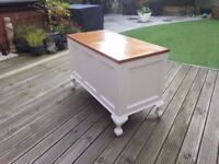 Blanket box with ornate balled feet made from oak, painted white with varnished oak lid