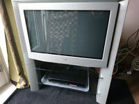 Sony 34inch old style flat screen TV – Photo attached