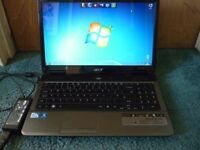 Acer Aspire 5732Z 15.6 inch Laptop