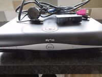 SKY+ HD BOX WITH ALL LEADS /REMOTE CONTROL ETC