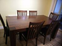 DINING TABLE FOR SALE (6 SEATER)