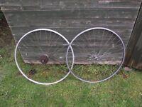 2 Vintage Aluminium Mavic Race Bike Wheels 700c