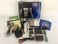 Sony Handycam HDR-TG3E in Immaculate condition, boxed, 16Gb card, all cables and leather case