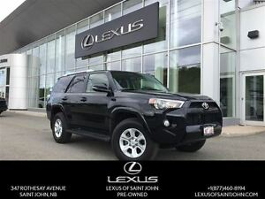 2016 Toyota 4Runner SR5 with NAV+Sunroof!