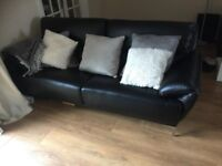 Lovely Italian Leather Sofa 3 Seater. in Great Condition.