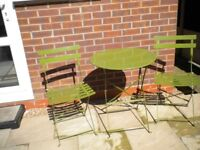 GREEN METAL FOLDING PATIO BISTRO TABLE AND 2 CHAIRS