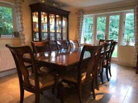 Table and 8 Chairs (6* Chairs and 2* Carver Chairs) and matching Display Cabinet