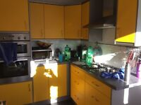 Free kitchen, yellow/grey, good condition, Sanday 04/12 only