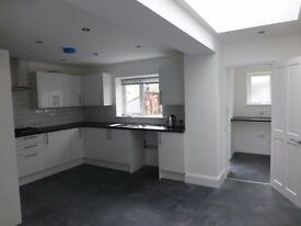 Amazing huge completely modernised brand spanking new interior, 4 bed House in St Judes, Plymouth