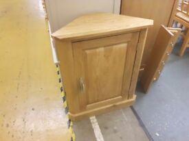 Solid oak corner cabinet like new