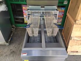 NEW TWIN TANK GAS FRYER CATERING COMMERCIAL KEBAB CAFE CHICKEN RESTAURANT FAST FOOD KITCHEN