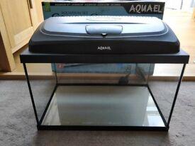 Aquael Classic Glass Fish Tank, Size 50cm x 30cm x 30cm