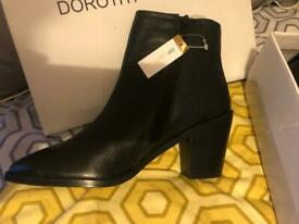 Brand new leather Dorothy Perkins boots