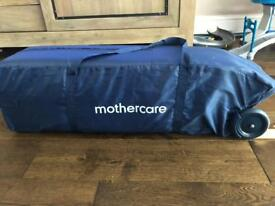 Travel cot bed + mattress