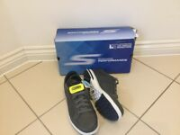 Sketchers spikeless golf shoes -size 8