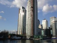 Studio Available to rent Pan Peninsula Apartment! Lovely Clean Apartment