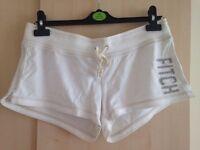 Abercrombie & Fitch Women's White Fleece Shorts Size M