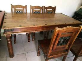 Maharani dining table with 6 chairs