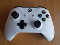 Xbox One S White Controller - Brilliant Condition - Cheapest in the UK