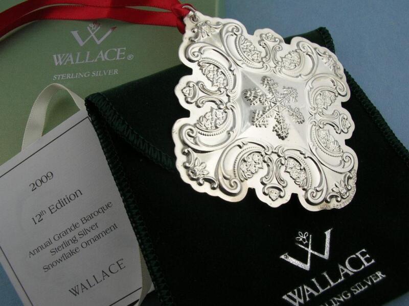 Sterling WALLACE Christmas Snowflake Ornament GRANDE BAROQUE 2009 w/ box