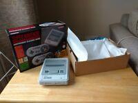 SNES Mini (Nintendo Classic Mini Console: Super Nintendo Entertainment System)