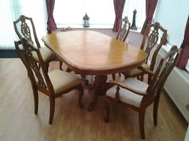 For sale inlaid extendable dining table with 6 chairs £130 ONO