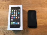 iPhone 5s 16GB Space Grey unlocked like new in box