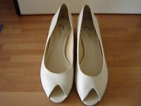 smart occasion shoes, cream, with kitten heel and peep-toe, worn once to a wedding, size 6