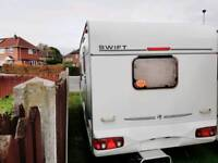 2002 YEAR CARAVAN SWIFT CHARISMA WITH MOTOR MOVER, AWNING PLUS GROUND SHEETS AND FULL EQUIPMENT