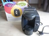 Tassimo machine with box