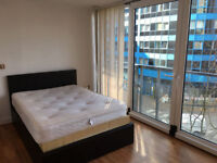 STUNNING DOUBLE ROOM AVAILABLE IN ROYAL VICTORIA - GYM INCLUSIVE