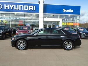 2012 Chrysler 300 LIMITED A MUST DRIVE, LUXURIOUS