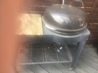 Large barbecue free to first who collects hardly used but been in garden so beds clean up