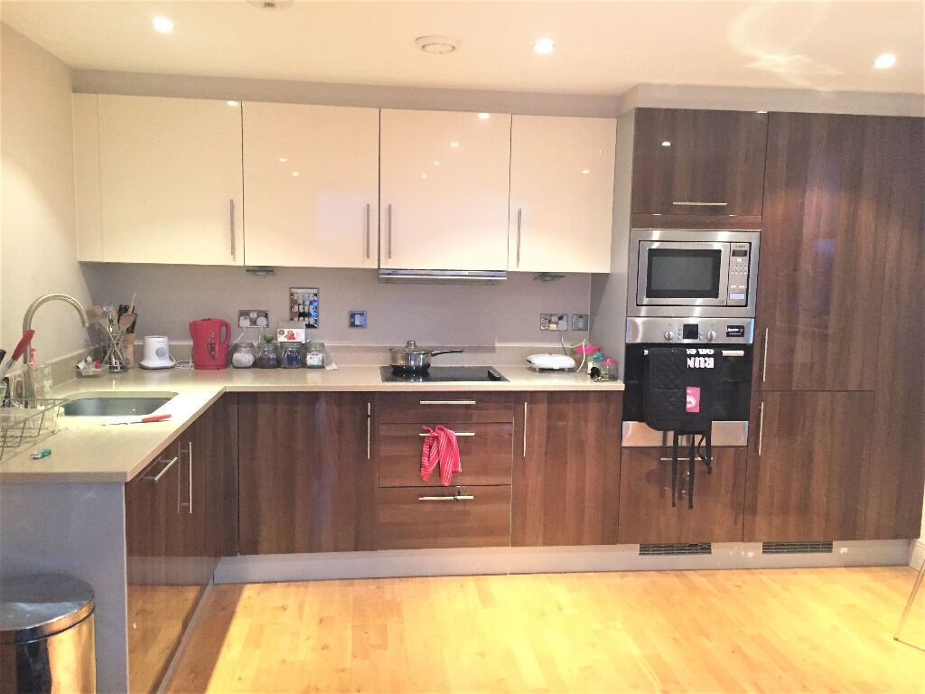 3rd floor contemporary two bedroom, two bathroom apartment in Union House
