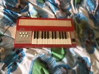 Electric wind organ