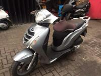 Honda PS125 2012 model in silver Sh Dylan Pcx nmax Xmax Vespa