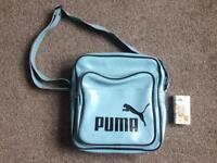 Old school vintage puma bag