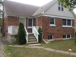 3 Bedroom Brock Rentals - On Bus Route - Utilities Included