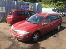 breaking for spares renault laguna 1.8 16v 2003