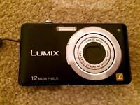LUMIX Camera 12 mega pixels