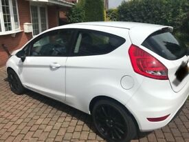 Ford Fiesta Style - Star White. Alloys and window trims are optional. Very good condition.