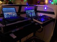 Ultra lightweight DJ booth