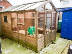 Wooden greenhouse with integral shed 7' X 11'