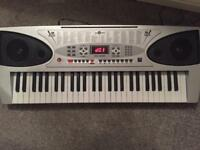 Gear4music mk3000 light up Electric keyboard new condition